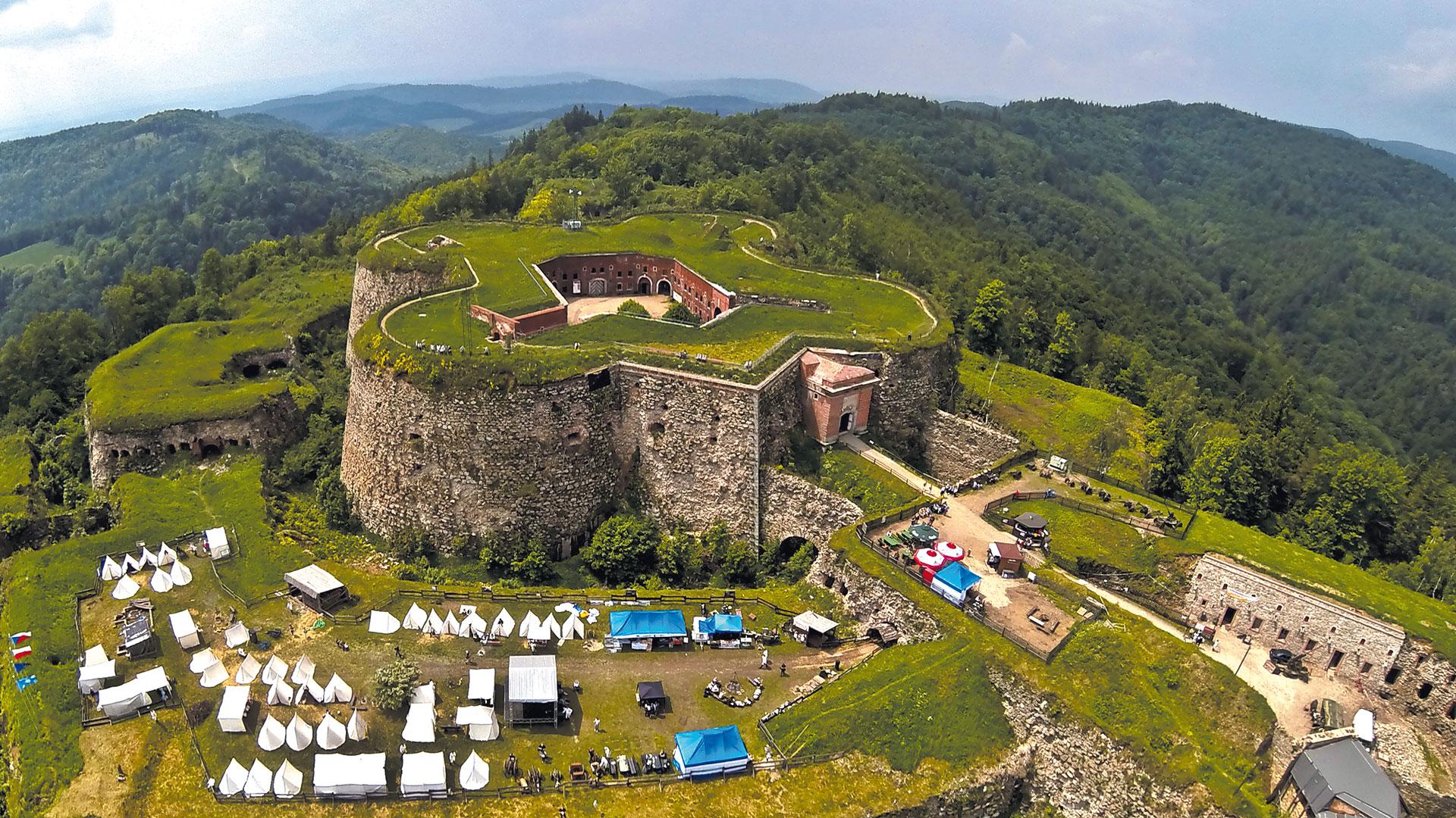 Festung in Srebrna Góra